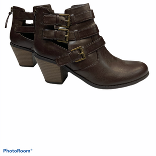 Primary Photo - BRAND: GUESS STYLE: BOOTS ANKLE COLOR: BROWN SIZE: 9.5 SKU: 311-31111-31607