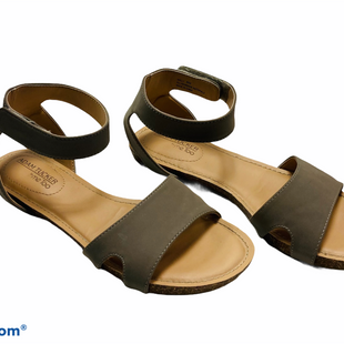 Primary Photo - BRAND: ADAM TUCKER STYLE: SANDALS FLAT COLOR: TAUPE SIZE: 8 SKU: 311-31116-2709