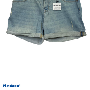 "Primary Photo - BRAND: GAP STYLE: SHORTS COLOR: DENIM  BLUESIZE: 6 SKU: 311-31116-2481WAIST 29""LOW RISE BOYFRIEND RELAXED"