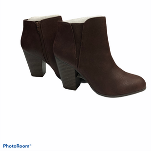 Primary Photo - BRAND: FERGALICIOUS STYLE: BOOTS ANKLE COLOR: BROWN SIZE: 8 SKU: 311-31120-12951