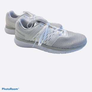 Primary Photo - BRAND: REEBOK STYLE: SHOES ATHLETIC COLOR: WHITE GRAYSIZE: 6 SKU: 311-31120-14141