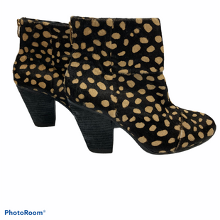 Primary Photo - BRAND: VINCE CAMUTO STYLE: BOOTS ANKLE COLOR: ANIMAL PRINT SIZE: 8.5 SKU: 311-31111-35100