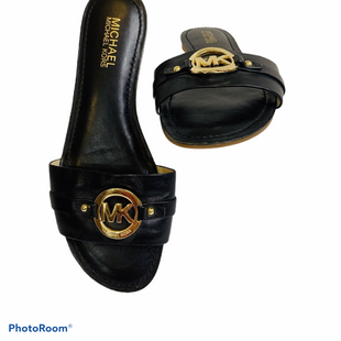 Sandals Flat By Michael Kors  Size: 8 - BRAND: MICHAEL KORS STYLE: SANDALS FLAT COLOR: BLACK SIZE: 8 SKU: 311-31130-1847
