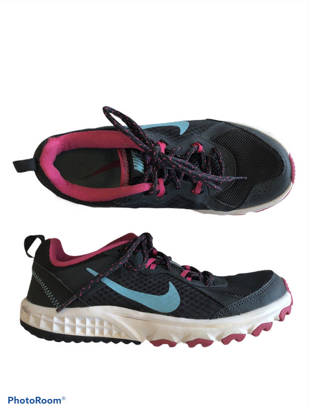 Shoes Athletic By Nike  Size: 6