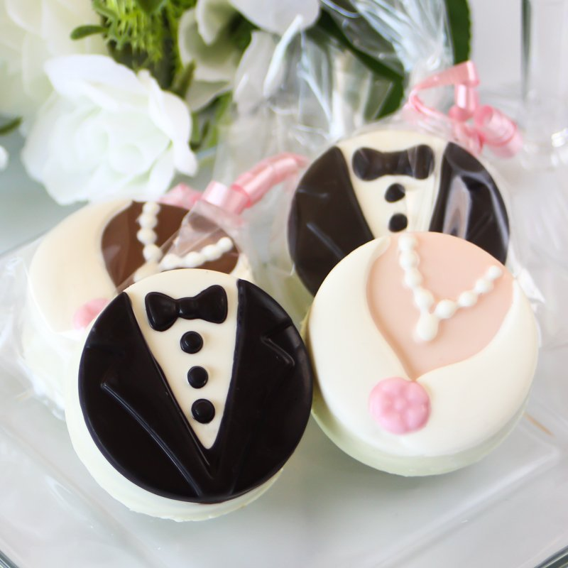 Bride and Groom Oreo Set - Chocolate Works of Bellmore