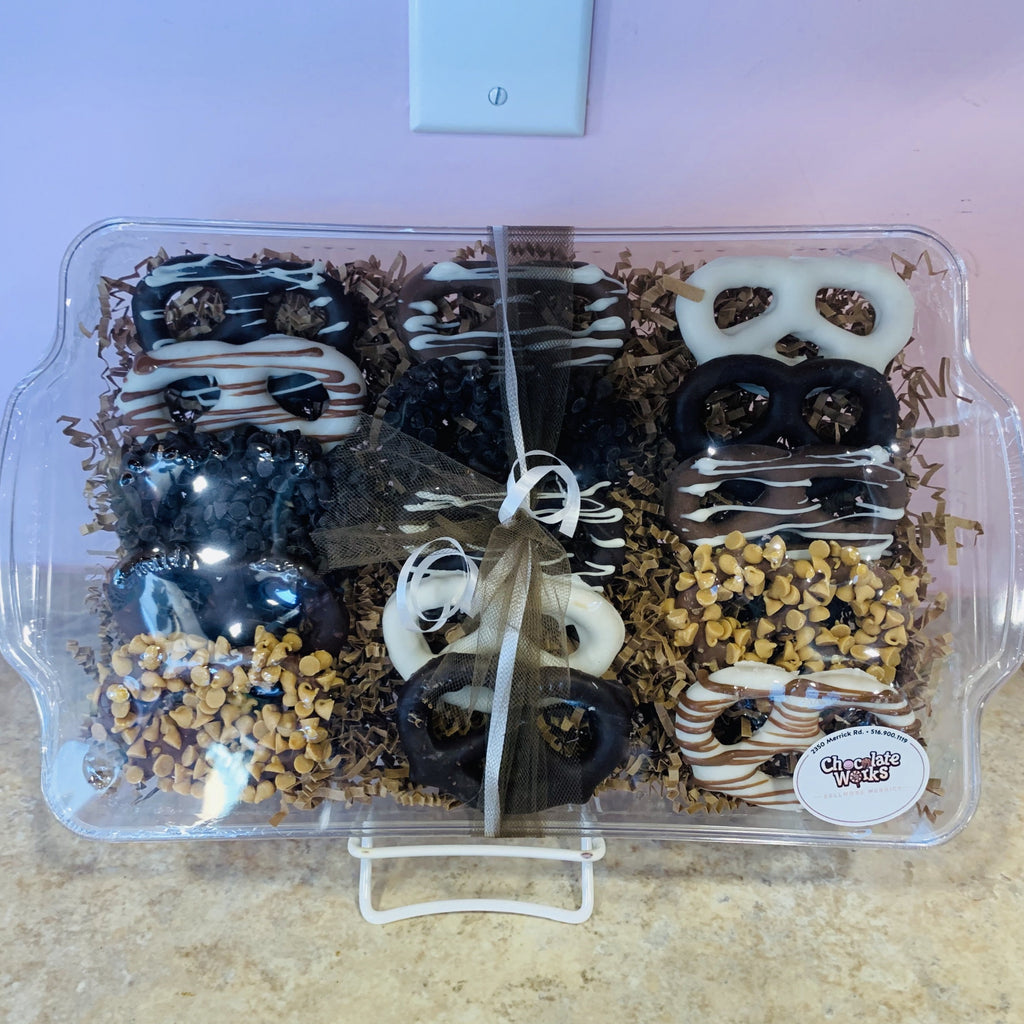 Assorted Pretzel Platter (Shiva) - Chocolate Works of Bellmore