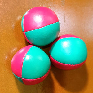 "Superior ""thuds"" juggling ball"