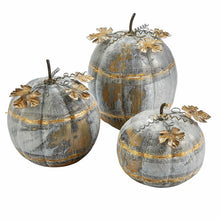 Load image into Gallery viewer, Rustic Tin Pumpkins