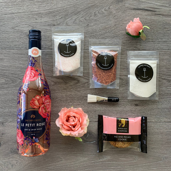 Rosè and Soak Wine Hamper
