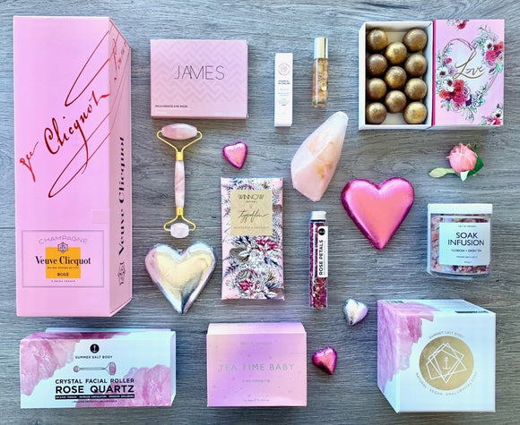 The Ultimate Pamper Gift Hamper