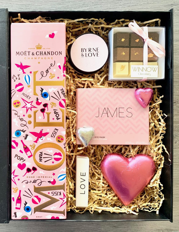 Happy Valentine Gift Hamper