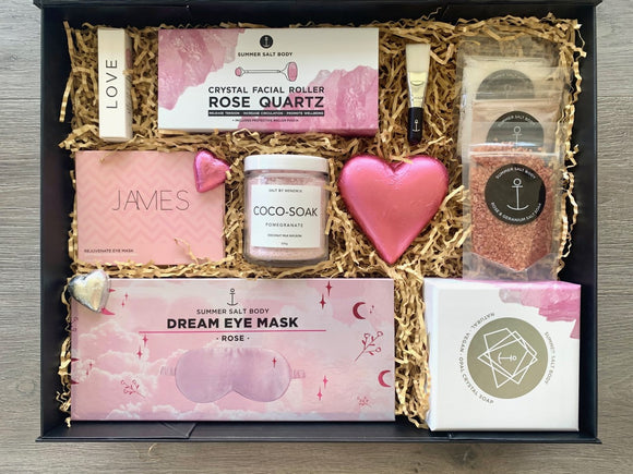 Full Of Love Pamper Hamper