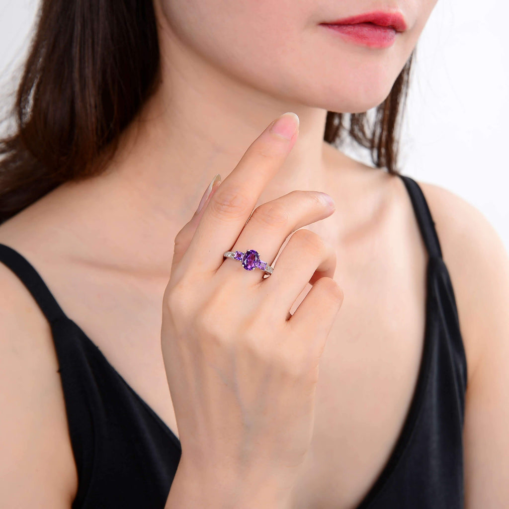 Classic Sterling Silver Oval & Square Amethyst Ring. $ 50 & Under, 6, 7, 8, Purple, Oval Shape, Amethyst, Purple, White Topaz, 925 Sterling Silver, Three StoneRing.