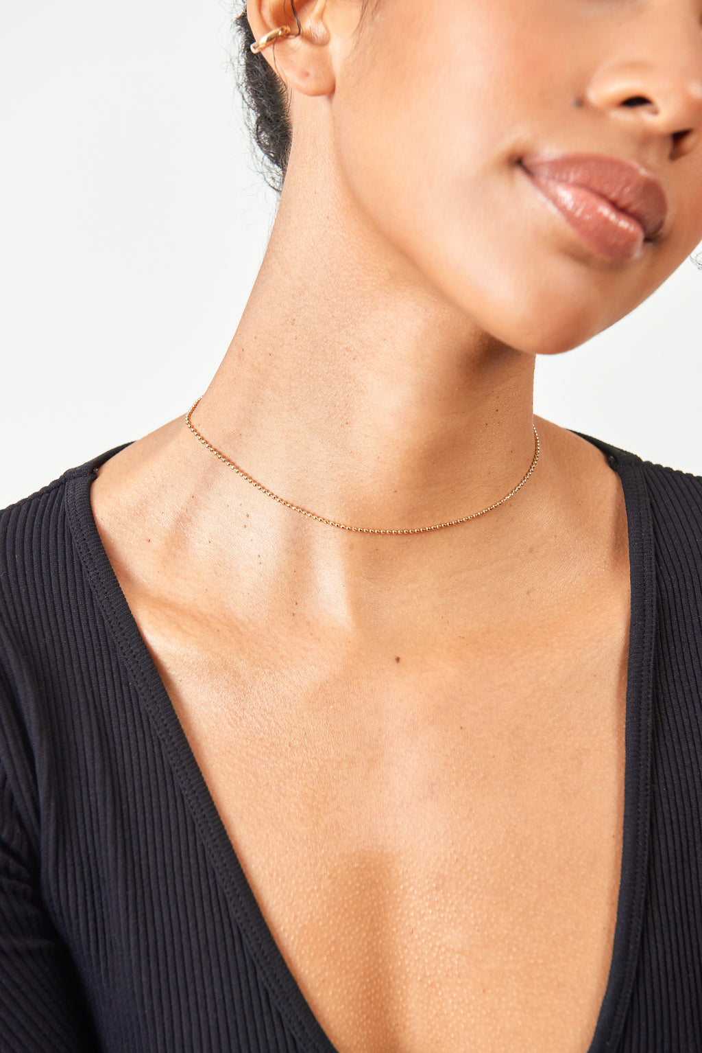 SANCTUAIRE-VIVIANA-DONTANON-SMALL-BEADED-CHOKER-GOLD-SUSTAINABLE-HANDCRAFTED