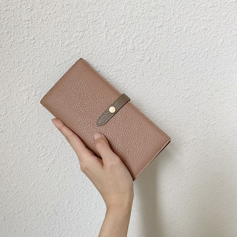 female leather wallet