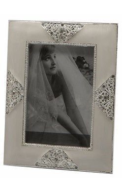 Pearl & Diamante Frame 4x6 - Simply Special Invercargill