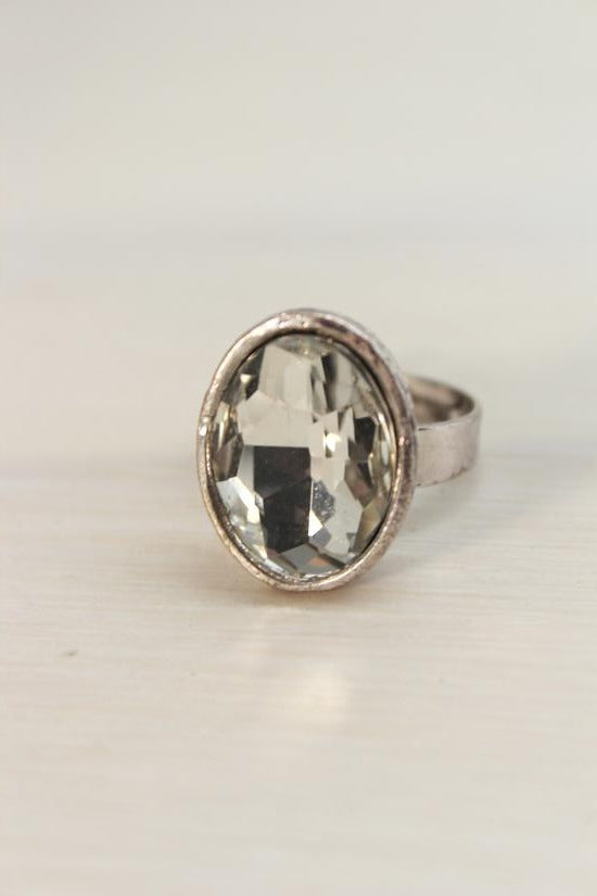 OVAL DIAMOND RING - Simply Special Invercargill