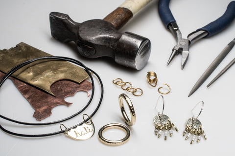 learn how to make jewelry with hali maclaren intro to jewelry beginner class
