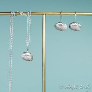 ark clam seashell necklace in polished silver by hkm jewelry with matching  drop earrings