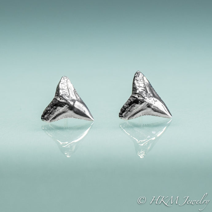 bull shark teeth tiny stud earrings in sterling silver by hkm jewelry