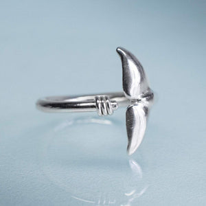 Sea Tail Adjustable Ring - Silver Dolphin Fluke Band