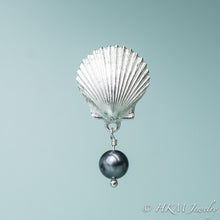 Load image into Gallery viewer, the scallop pearl pendant in polished finish with black pearl drop by hkm jewelry