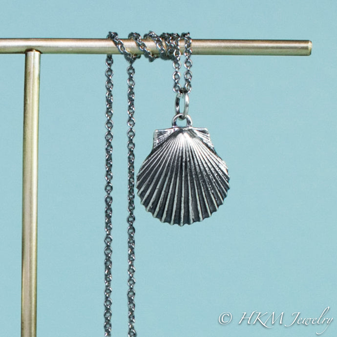 detail close up of Large scallop shell necklace in oxidized sterling silver by hkm jewelry