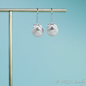 small polished scallop shell dangle earrings in sterling silver by hkm jewelry