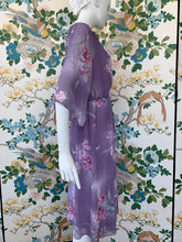 Load image into Gallery viewer, 1980s Hanae Mori elastic waist floral print dress