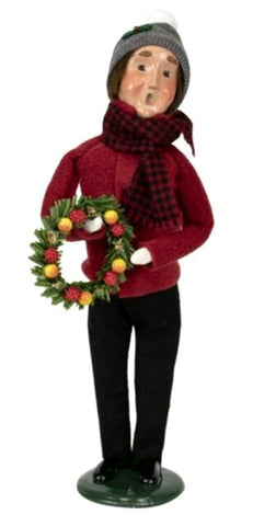 Byers Choice Miller Man with Wreath 2019