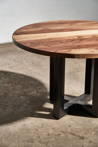 Round Cross Frame Table