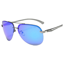 "Load image into Gallery viewer, Sunglass ""Pilot blue"" polarized"