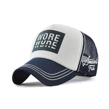 "Load image into Gallery viewer, Trucker Cap ""Wyne"""