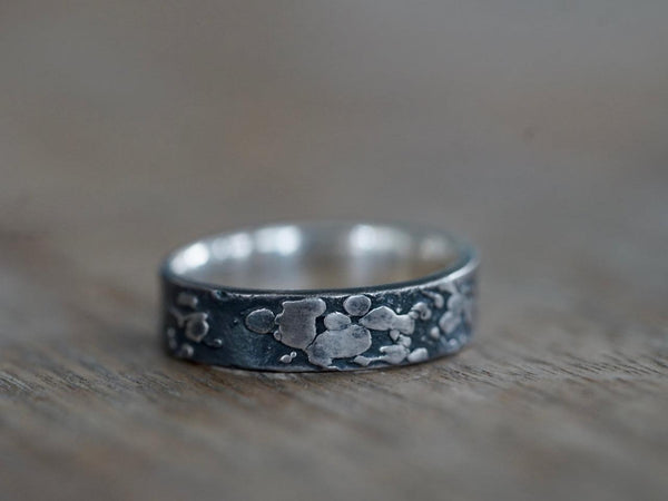 Patterned Sterling Silver ring, size 12.5