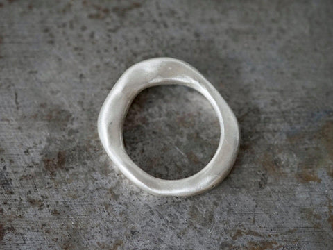 Organic flowing sterling silver ring, size 6.5