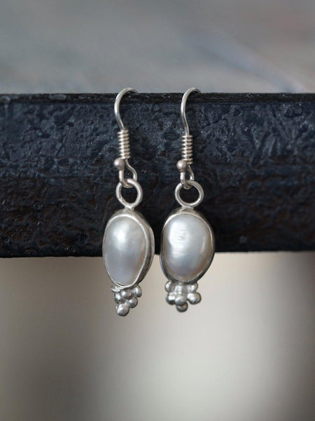 Freshwater pearl and sterling silver dangle earrings