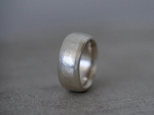 sterling silver hollow-form ring, size 7
