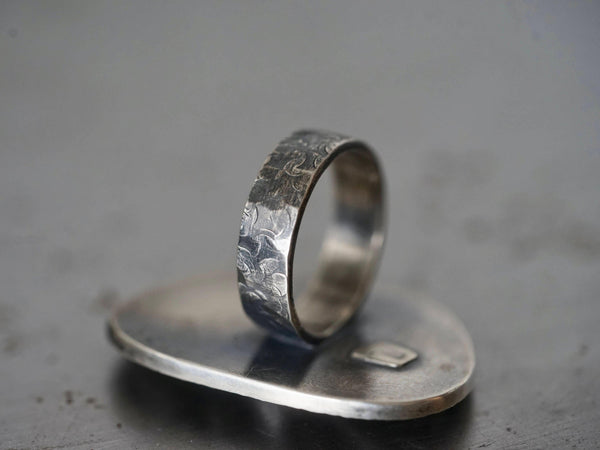 River rock ring, pebble and raw diamond ring, size 8.25