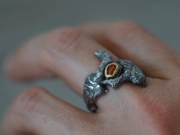 Dragon eye ring, red spinel and 22k gold, size 6.75