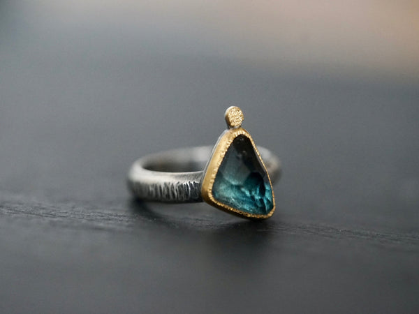 Dark blue tourmaline  and 22k gold statement ring, size 6.25