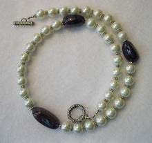 Load image into Gallery viewer, Amethyst and Pearls Necklace