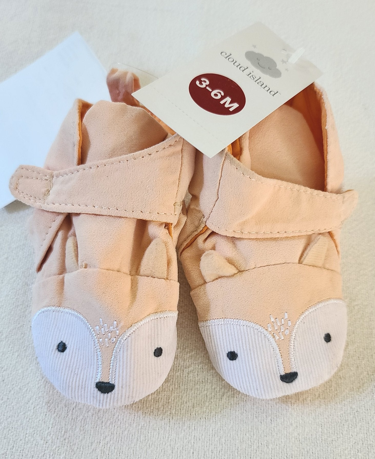 *NWT* CLOUD ISLAND Fox booties, Infant girls Size 3-6 months
