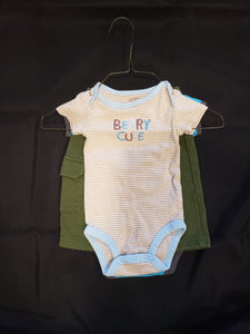 Carters 3 piece outfit. size 3 months