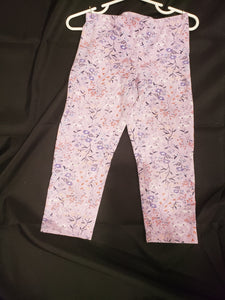 Old Navy girls size 6/7 purple capri leggings