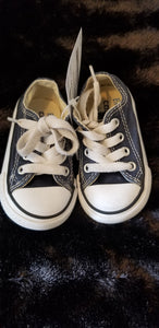 CONVERSE blue all stars, sz 4