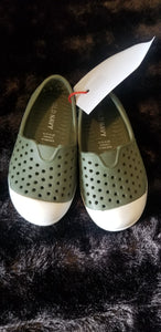 OLD NAVY olive green/white slip on shoes w/holes, sz 5
