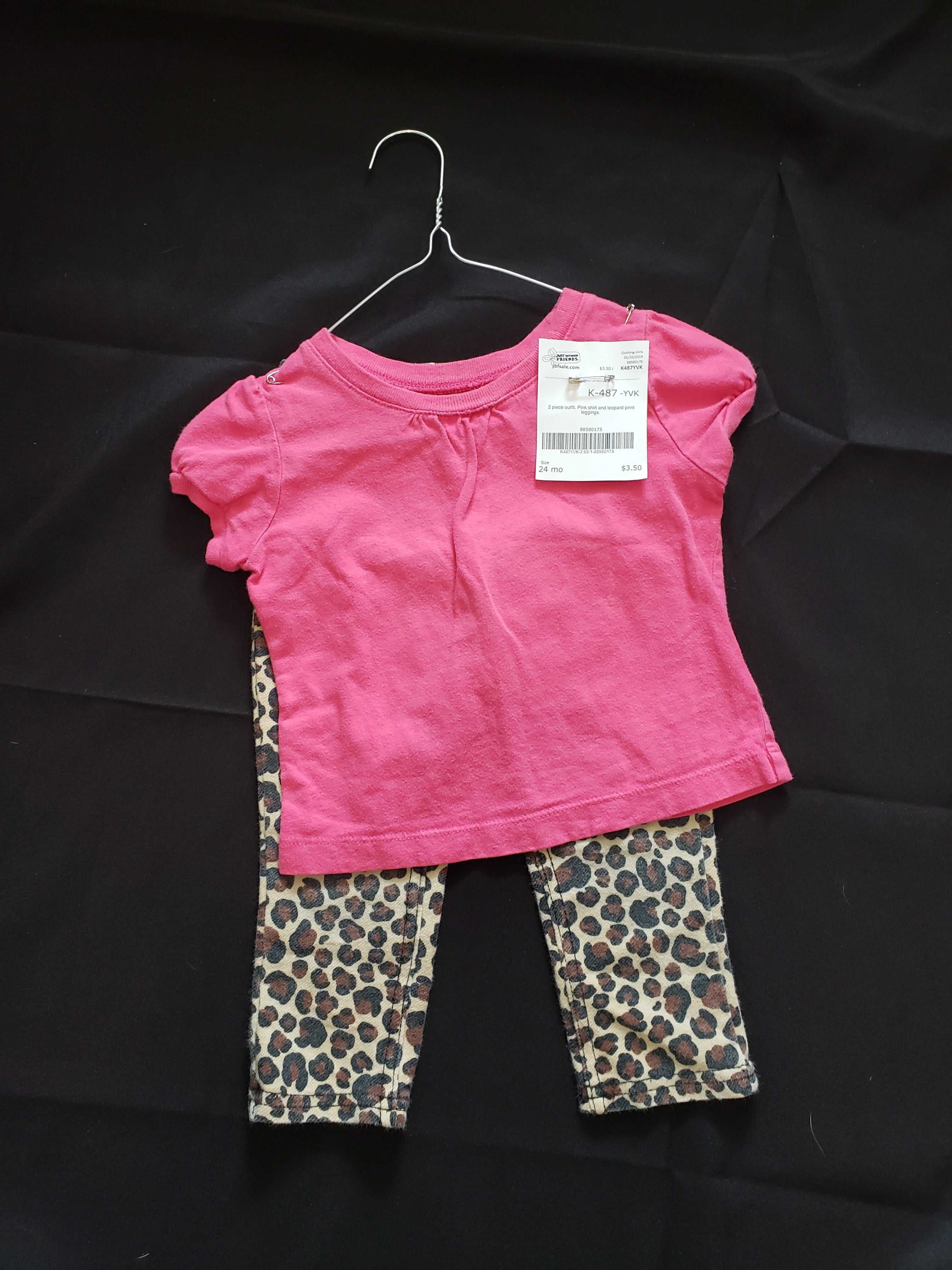 Size 24mo 2 piece outfit. Pink shirt and leopard print leggings