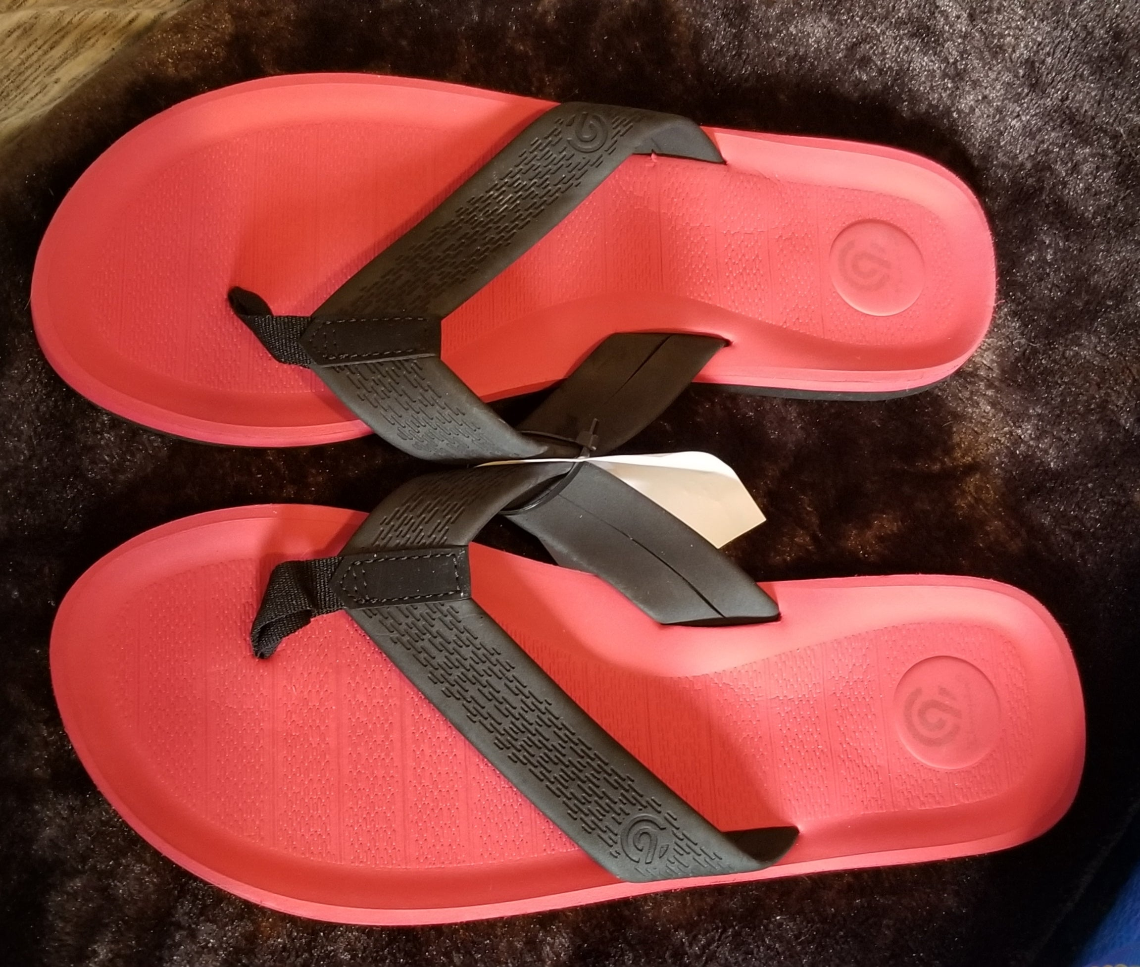 CHAMPION red/black flip flops, young mens 13