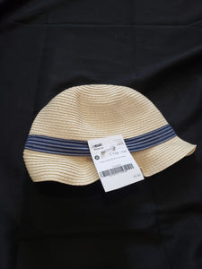 Carter's size 4-8 straw hat with a blue ribbon