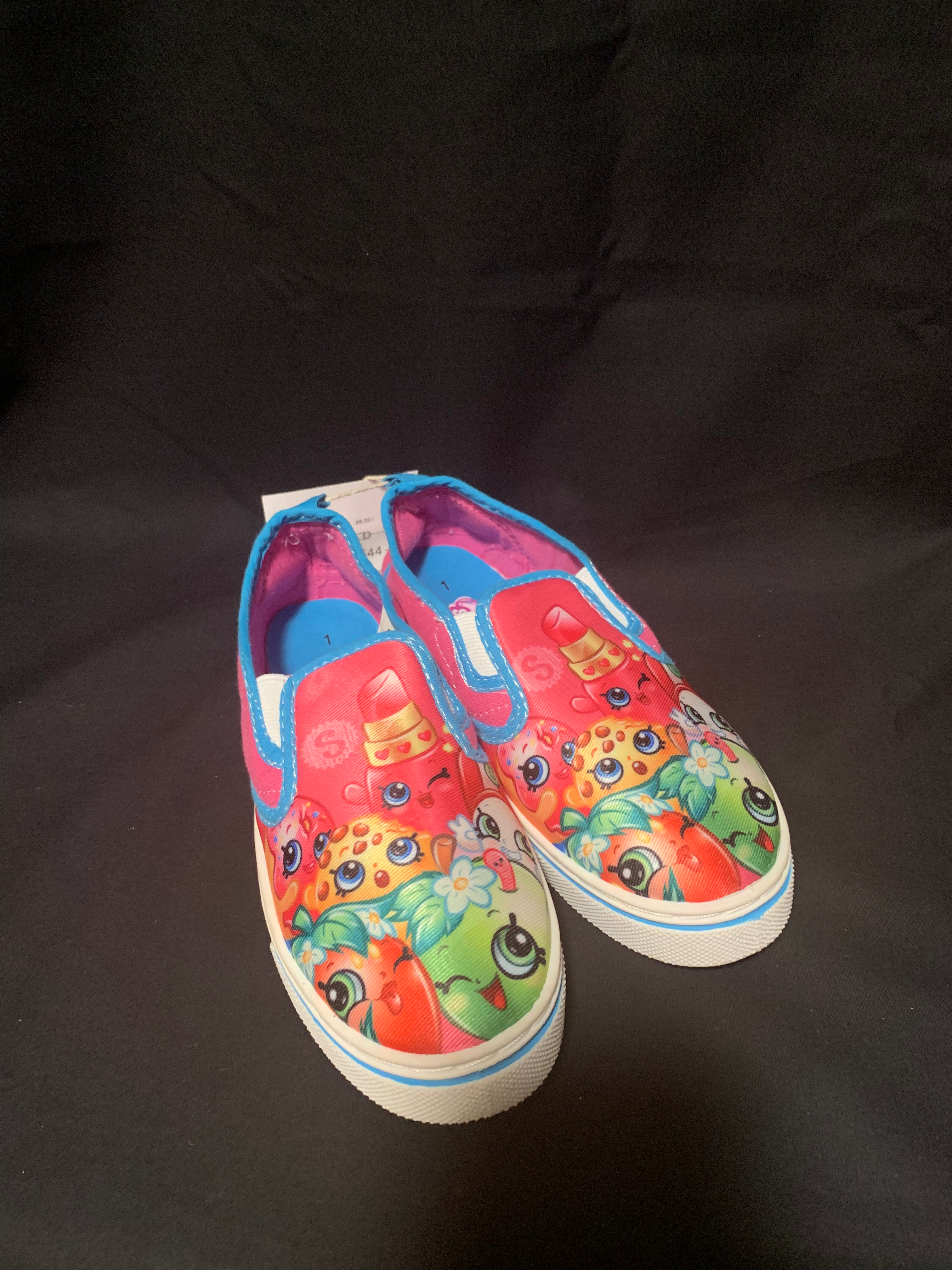 Shopkins girls Size 1 shoes